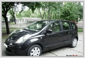 Автомобиль Nissan Note 1.6 MT
